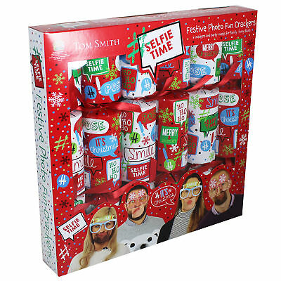 Christmas Crackers 6 Pack Selfie Time 'Photo Fun' with Props