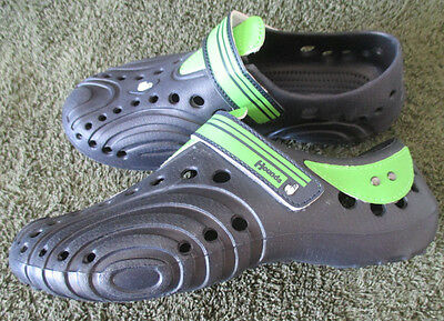 New Boys Youth 13/1 Hounds Footwear Ultralite Navy/Bright Green Shoes