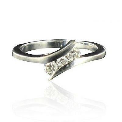 Ring diamonds white gold triolgie Ring