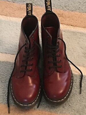 pre owned cherry red  Dr Martens airwaves size 4