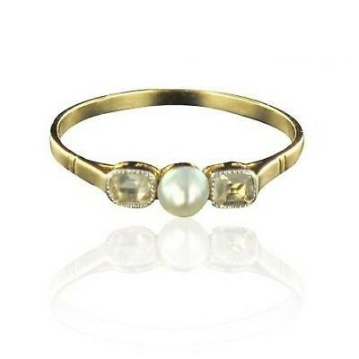 Ring pearl delicate diamonds yellow gold Ring