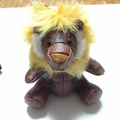 "Authentic  *MCM*   KEY-HOLDER  or PENDANT ""LION""   in  brown   -----   NEW"