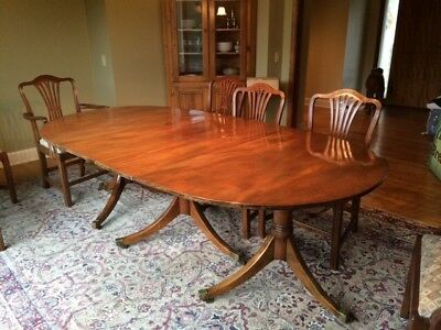 Georgian Style Triple Pedestal Dining Table And Chairs