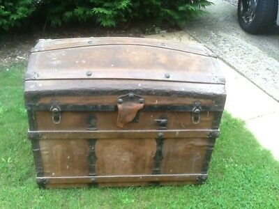 Very old Bow top chest