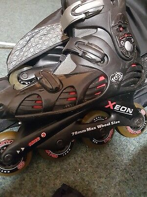 rollerblades size 41 UK size 7-8 used but still lots of wear in them. with bag