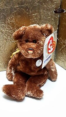 "TY Beanie Babies ""CHAMPION"" Bear 2002 FIFA World Cup Korea/Japan. U.S. Flag Nose"