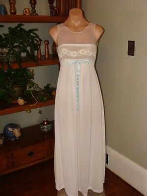 """Ladies/Womens Vintage FormFit Rogers Long Nylon Nightgown - Bust to 32"""" - White"""