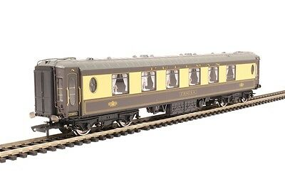 Hornby R4697 Pullman First Class Parlour Car - Lighted Lamps - Aus Warranty
