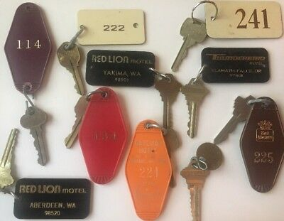 Lot Of 10 Vintage Motel Hotel Keys From The PNW Thunderbird Red Lion