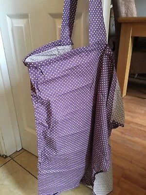 Bebe-chic breastfeeding cover in spotty Purple - Barely Used