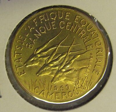 Equatorial African States 10 Francs 1969 - Uncirculated Coin - Three Giant Eland