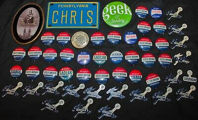 Large Lot of Vintage 1950's Political Pins & small Novelty items +