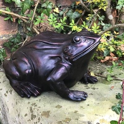 Large(24cm) bronze effect frog weatherproof resin garden pond ornament sculpture