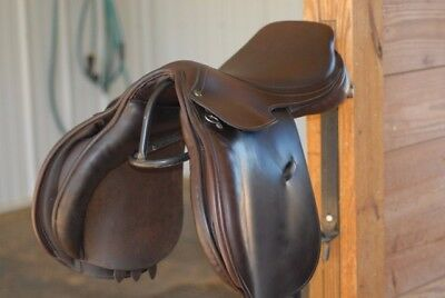 """County  Symmetry Jumping Saddle 17.5"""" M Tree - Fabulous Condition!"""