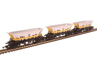 Hornby R6890 Pack of Three HFA Coal Hopper Wagons - Aust. Warranty