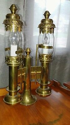 Vintage Antique Brass Wall Sconce light with Flame Lighted Bulbs