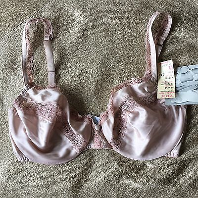 Vintage Bra, 34D Olga Young Romantics Underwire Bra, NOS, Unlined Satin and Lace