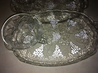 vintage anchor hocking, grape clusters snack plate & cup set of 4