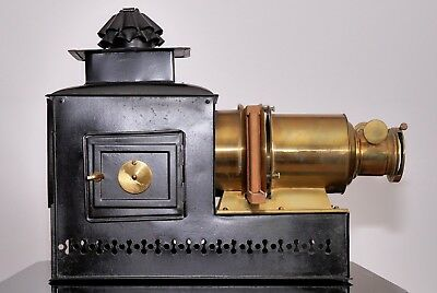 """Antique """"Pacticon"""" Magic Lantern in very nice display condition"""