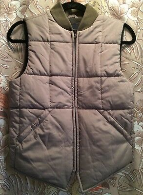 Gap Boys Gray Quilted Puffer Vest Zipper GREAT COLOR Cozy Warm Sz M (8) NWT New