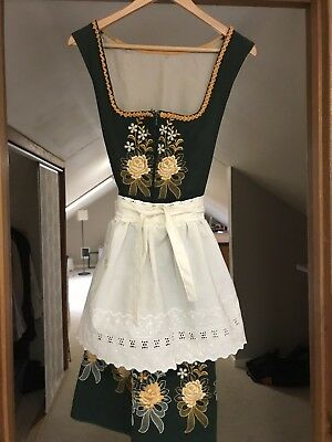 DIRNDL Trachten Oktoberfest Dress Emerald Green with roses, 2pc with apron