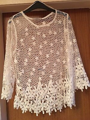 Ladies White Lace 3/4 Sleeve Top Size 12