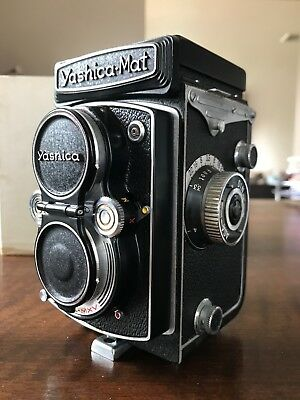 """Yashica """"YASHICA-MAT COPAL-MXV"""" TLR Camera (Lumaxar f=80mm Lens) w/Leather Case"""