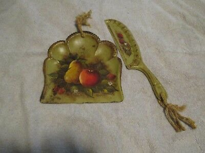 Vintage Tole Toleware Hand Painted Silent Butler/Crumb Catcher Fruit With Leaves