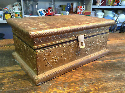 BRT Old Hand Crafted Indian Trinkets Storage Wooden Box Floral Art Brass Overlay