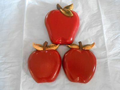 Home Interiors Exclusive Wooden Red Apple Wall Plaques Set 3