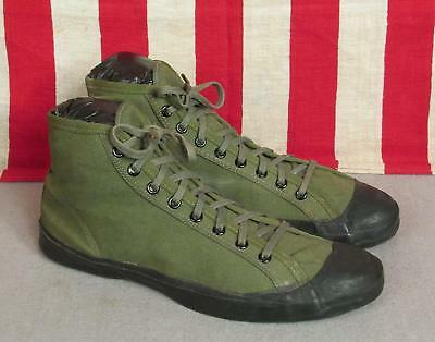 8fad15d0be6d2 Vintage 1940s US Rubber Co. Canvas Basketball Sneakers Sz.11 Military  Athletic