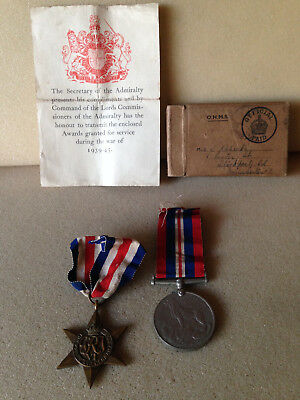 WW2 Group of 2 Medals with box and certificate for the Navy