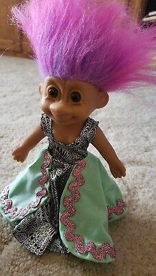 Russ TROLL Doll- Dancer in Long Flowy Green Dress- with Pink/Purple Hair -shoes