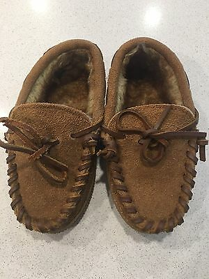 NWOT Cabela's toddler Slippers Size 11 NEW Moccasin Style