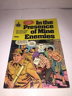 IN THE PRESENCE OF MINE ENEMIES 1973 Spire Christian Comic Book Vietnam POW War