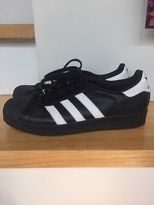 Euc Adidas Black & White Leather Superstars Mens Size 7Us, 6.5 Uk