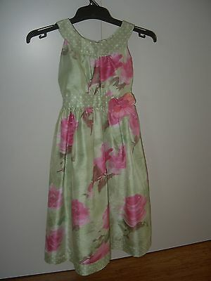 Floral party dress Girls Size 5. Target brand