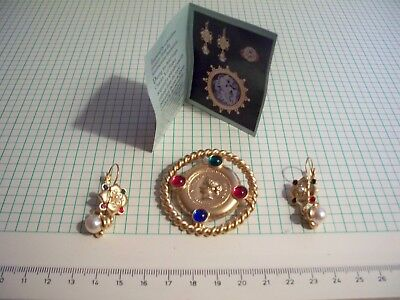 Avon Jewels Inspired By Smithsonian 1826 Cabinet Sevres Porcelain Ornamentation