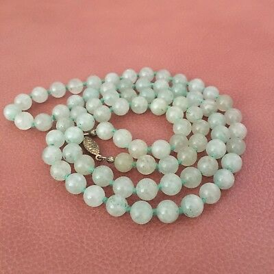 Fine Chinese Jade Green Apple Knotted Beaded Necklace