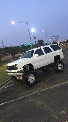 2002 Chevrolet Tahoe  2002 chevy tahoe 2wd lifted