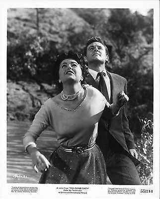 *THIS ISLAND EARTH (1955) Faith Domergue and Rex Reason Look Up to the Skies!