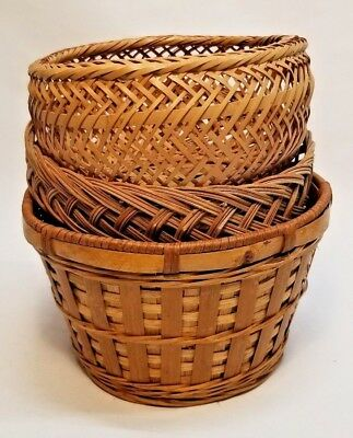 Lot of 3 Stackable Round Wicker Baskets