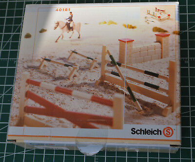 SCHLEICH # 40181 Show Jumping Course  - Retired unused  in box