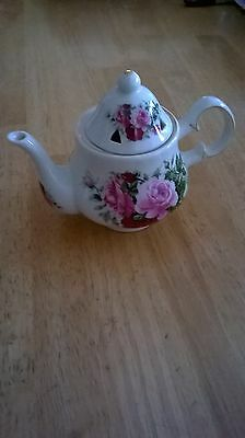 """Formalities By Brum Bros.Vintage Small Tea Pot """"FREE SHIPPING"""""""