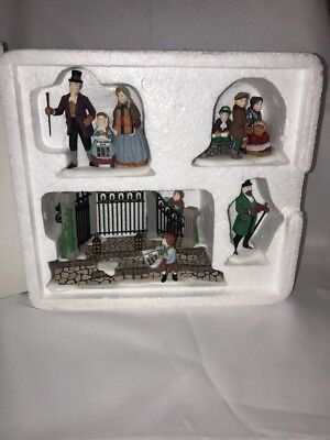 Dept 56 A Christmas Carol Reading By Charles Dickens 58403