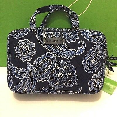NWT Vera Bradley Travel GRAND Cosmetic Bag In Blue Bandana