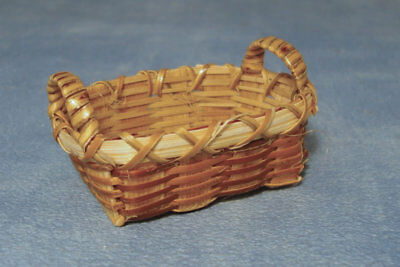 1:12 Scale Single Bamboo Basket Dolls House Miniature Laundry Accessory