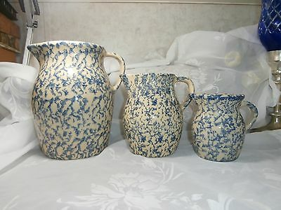 Vintage Robinson Ransbottom Blue Spongeware Pitchers Set Of 3 Stoneware Ohio Usa