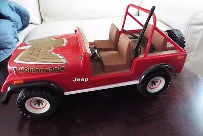Daviess County Decanter - Toys For Big Boys - Red Jeep Cj-7 Golden Eagle