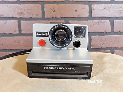 Polaroid Pronto!B Land Camera Sold for parts. Not Tested